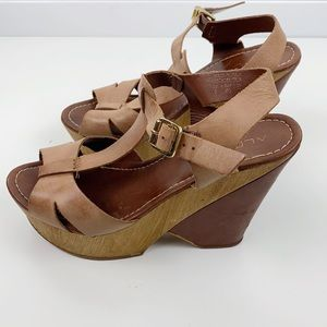 VTG Made in Italy leather wood wedges 9